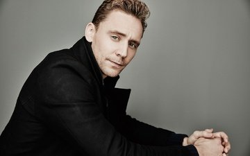 look, actor, face, coat, tom hiddleston