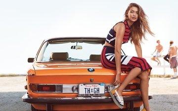 девушка, взгляд, модель, сидит, волосы, лицо, автомобиль, бмв, американская супермодель, джиджи хадид