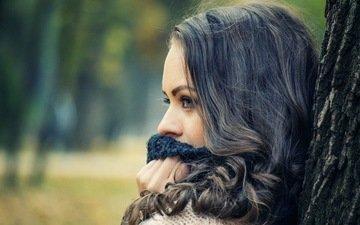 дерево, девушка, портрет, брюнетка, модель, профиль, лицо, длинные волосы, шарф