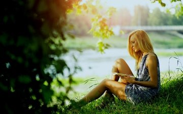 nature, pose, book