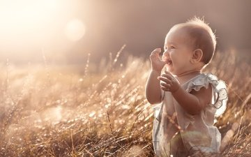 light, grass, nature, joy, child, baby, shirt