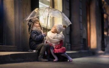 дети, дома, девочка, улица, зонт, мальчик, друзья