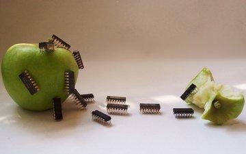 креатив, яблоко, микросхемы