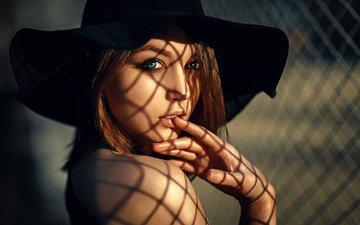 девушка, взгляд, модель, сетка, волосы, лицо, шляпа, шатенка