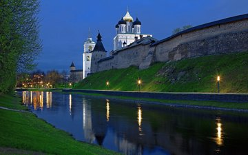 lights, water, the evening, temple, the kremlin, the city, wall, russia, dome, pskov, ditch, chrome