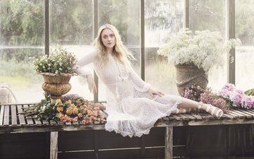 flowers, blonde, model, actress, dakota fanning, jimmy choo