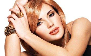 девушка, блондинка, портрет, взгляд, модель, кольцо, браслет, макияж, украшение, рыжие волосы