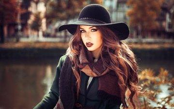 река, девушка, портрет, взгляд, осень, волосы, лицо, макияж, шляпа, шарф, lods franck