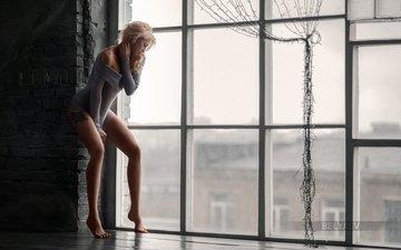 девушка, блондинка, взгляд, модель, комната, тату, ножки, окно, тело, белье