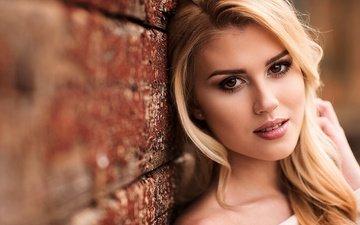 girl, blonde, portrait, look, wall, model, hair, lips, face, makeup, mark prinz