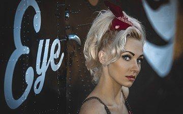 девушка, блондинка, портрет, ретро, взгляд, лицо, макияж, прическа