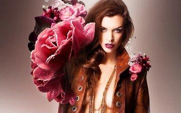 цветы, вода, девушка, капли, розы, куртка, шатенка, пуговицы, кожанка