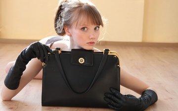 девушка, взгляд, модель, перчатки, сумка, на полу, олеся харитонова