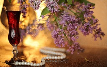 drink, branches, drops, glass, decoration, lilac, necklace, pearl, bokeh
