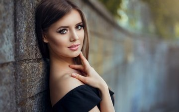 портрет, взгляд, стена, модель, макияж, помада, шатенка, елена, andrei marginean