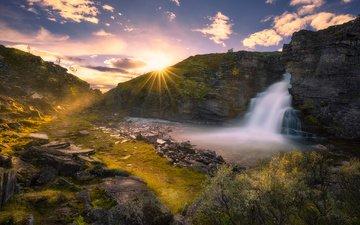 небо, облака, река, скалы, природа, водопад, норвегия, национальный парк