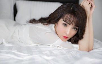 взгляд, макияж, азиатка, постель