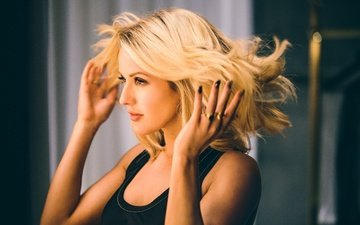 blonde, look, hair, singer, celebrity, ellie goulding, girl
