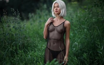 зелень, девушка, фото, поза, лето, взгляд, грудь, фигура, сиськи