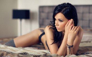 модель, волосы, татуировка, белье, в постели