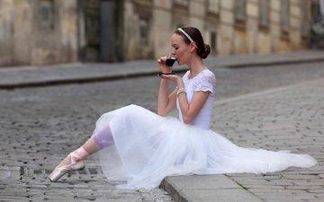 девушка, брюнетка, кофе, модель, пачка, балерина, пуанты