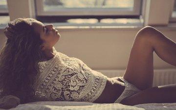девушка, трусики, модель, волосы, руки, лежа, в постели