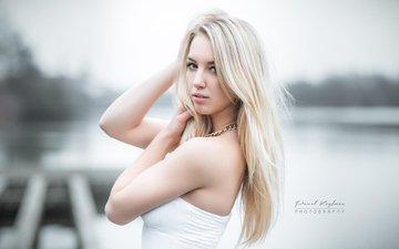 озеро, блондинка, портрет, модель, волосы, белое платье, pawel koyfman, алисия шнайдер