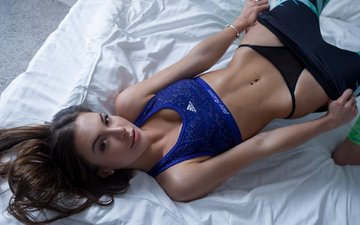 девушка, взгляд, секси, стринги, спортивная форма