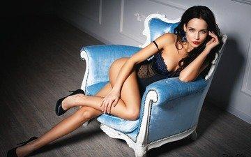девушка, брюнетка, модель, кресло, позирует, в белье, ангелина петрова