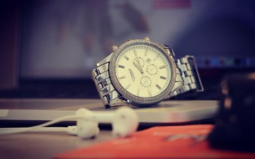 table, watch, headphones, wrist watch, curren watches
