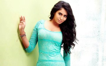 girl, dress, look, hair, face, actress, bracelets, long hair, indian, deepa sannidhi, deepa, sannidhi