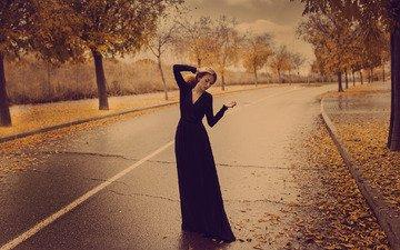 дорога, листья, девушка, осень, волосы, черное платье, mara saiz