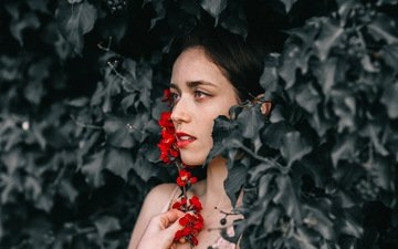 листья, девушка, брюнетка, взгляд, модель, профиль, волосы, лицо, mara saiz