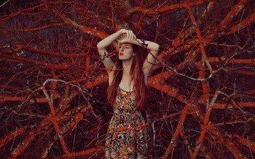 природа, девушка, взгляд, волосы, лицо, красная помада, рыжеволосая, закрытые глаза, mara saiz