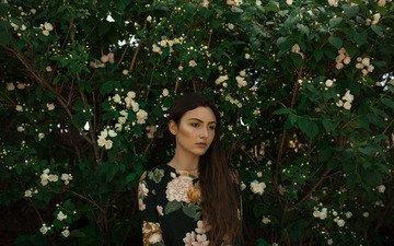 цветение, девушка, фон, весна, волосы, лицо, куст, длинные волосы