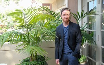 look, actor, palm trees, face, male, james mcavoy