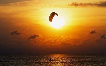 clouds, water, the sun, sea, horizon, sunset, sport, extreme, kitesurfing, heavenly surf