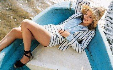 вода, девушка, блондинка, лодка, модель, ноги, актриса, шляпа, шорты, фотосессия, лежа, леа сейду, l a seydoux