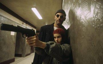пистолет, фильм, актеры, натали портман, жан рено, леон, солнцезащитные очки