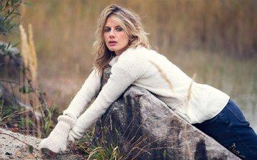 природа, девушка, поза, блондинка, модель, джинсы, актриса, певица, мелани лоран