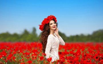 цветы, девушка, настроение, улыбка, красные, маки, модель, венок, шатенка, позитив, victoria andrea