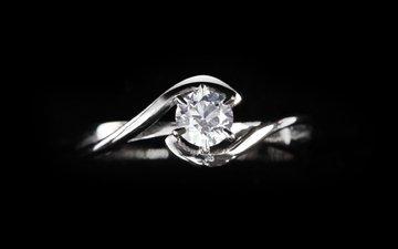 кольцо, черный фон, бриллиант, ювелирные изделия, драгоценный камень