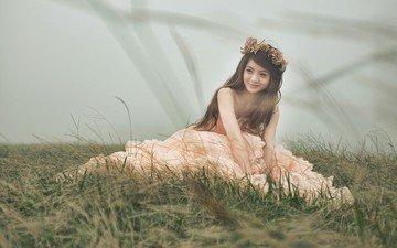 трава, девушка, улыбка, брюнетка, модель, азиатка, невеста, свадебное платье