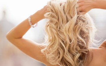 девушка, блондинка, волосы, руки, браслет