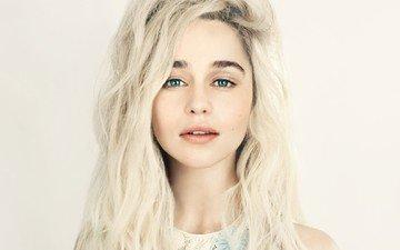 глаза, фон, портрет, модель, губы, лицо, актриса, голубые глаза, длинные волосы, эмилия кларк
