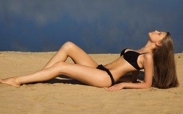 девушка, песок, пляж, бикини