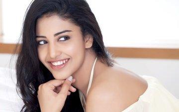девушка, улыбка, брюнетка, модель, волосы, губы, лицо, актриса, макияж, болливуд, daksha nagarkar, дакша нагаркар
