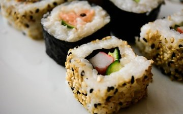 sushi, rolls, seafood, japanese cuisine, claudia bucur