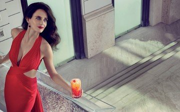 девушка, брюнетка, модель, актриса, коктейль, красное платье, фотосессия, длинные волосы, ева грин