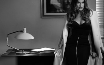 picture, dress, lamp, black and white, table, model, photographer, actress, hairstyle, figure, coat, instyle, sofia vergara, jan welters